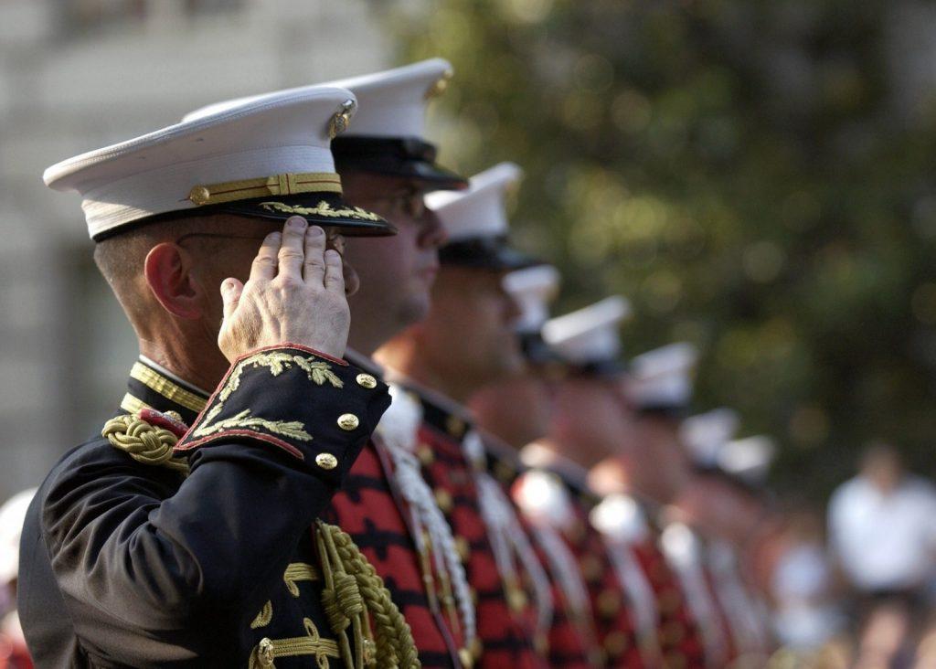 en marche militaire